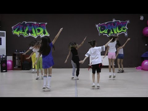 Easy dance choreography to popular songs